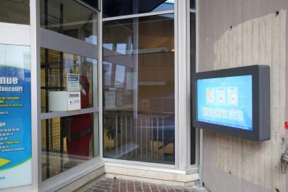 Affichage municipal interactif