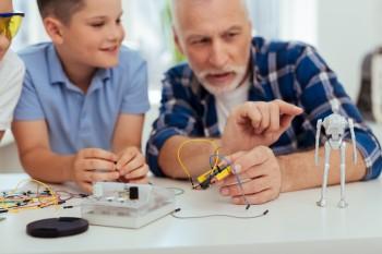 Ateliers numériques en famille au LAB